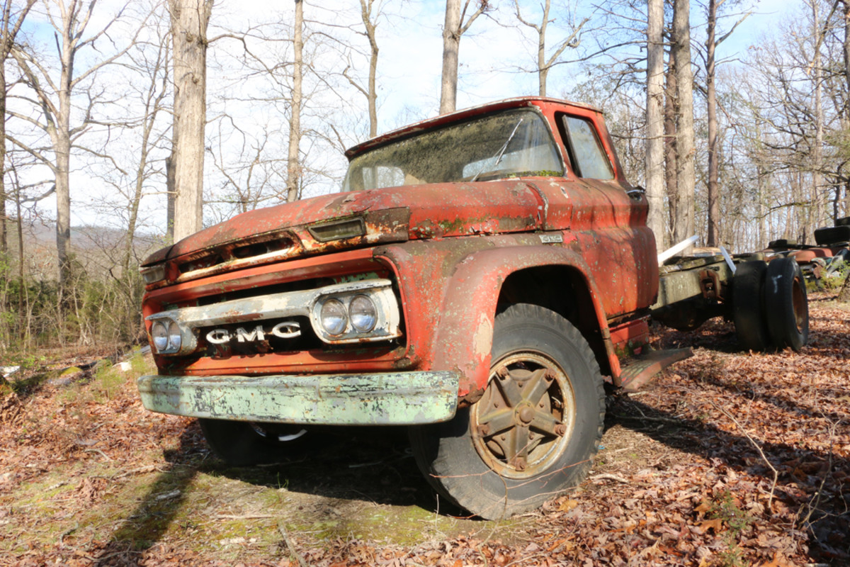 Ronnie was going to build this 1962 GMC 4000 cab on a 1974 Dodge frame into his car hauler, but he hasn't gotten around to it. He says it is for sale.