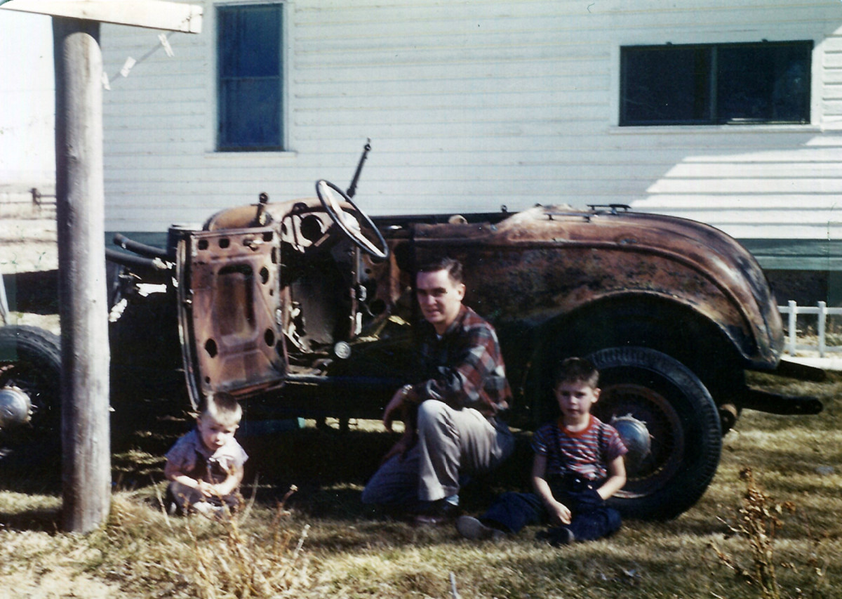 A March 1959 photograph of the 1932 Ford roadster after it was partially assembled after its escape from a salvage yard.