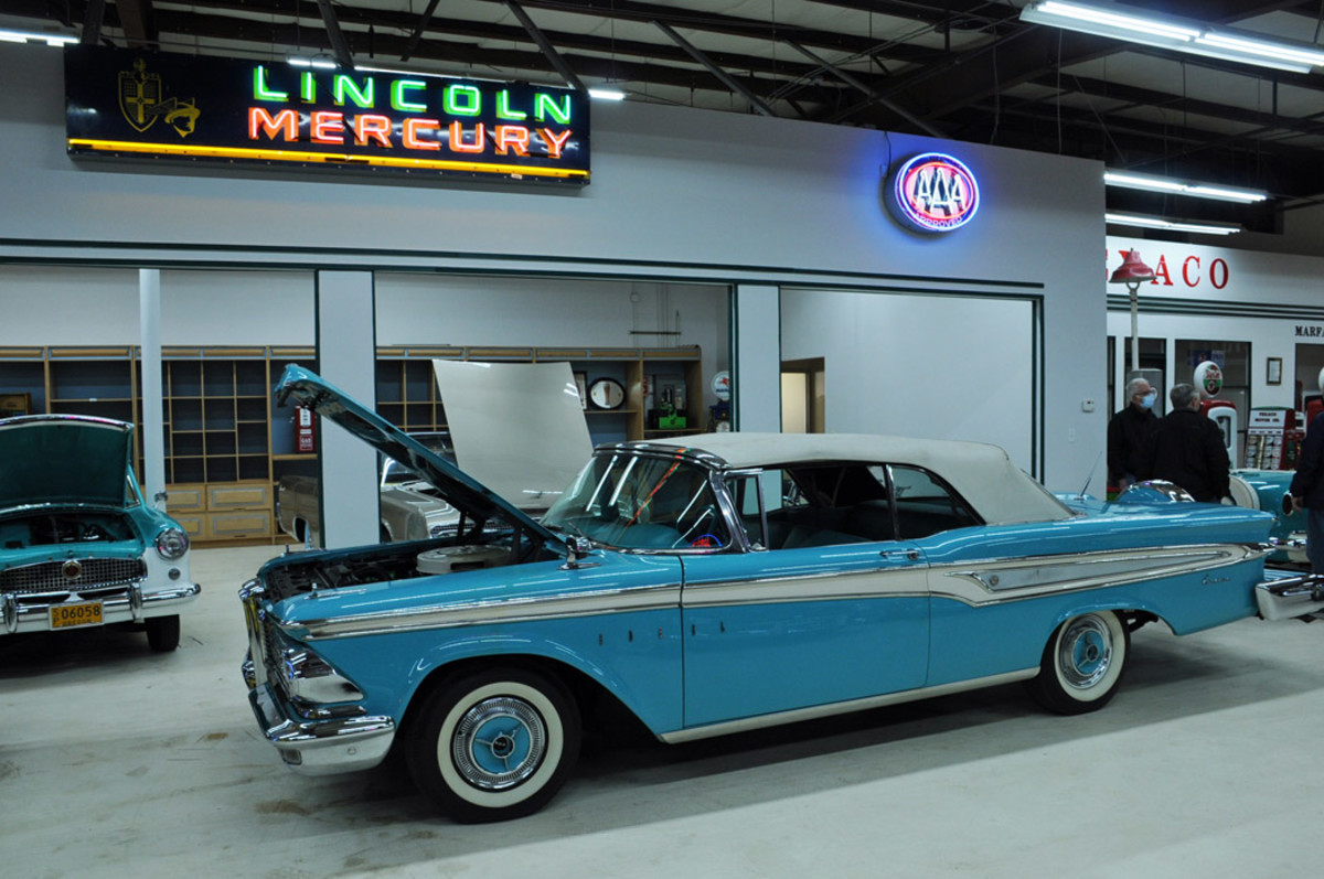 1959 Edsel Corsair  2-dr conv, condition #2, sold for $35,500