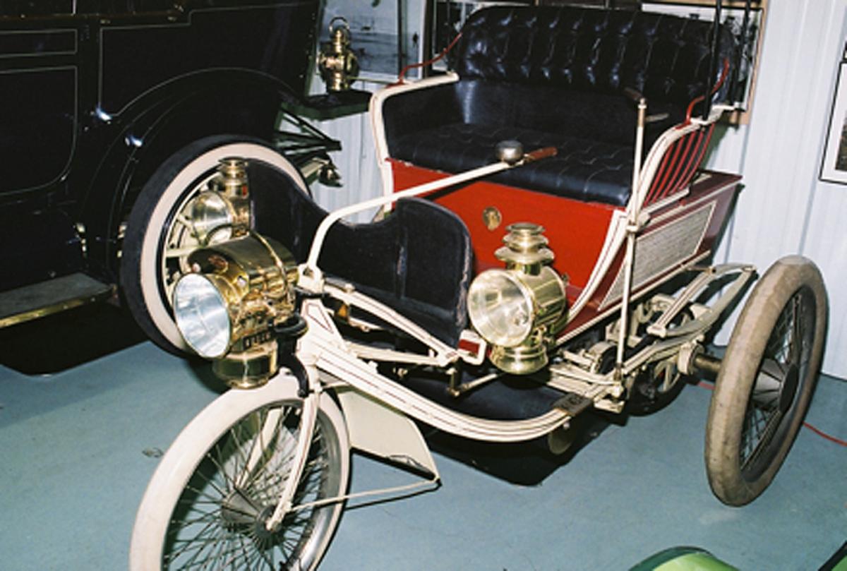 McKinley's three-wheel Knox (circa 1899)