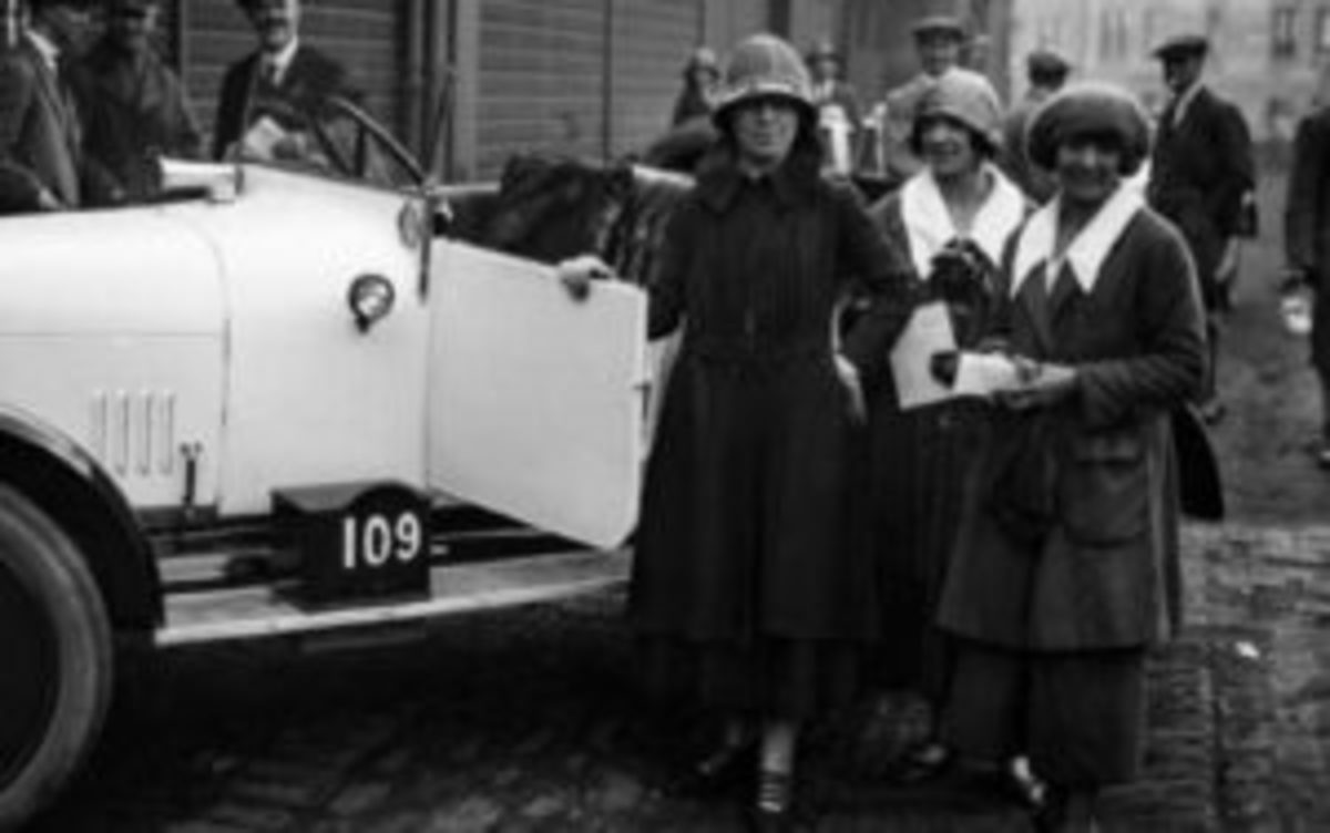 Dorothee Pullinger helped create the Galloway Car Co., the first auto company making cars aimed at women.