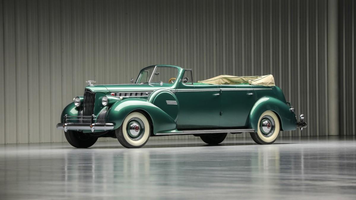 1940 Packard Super 8 Model 1807 convertible sedan