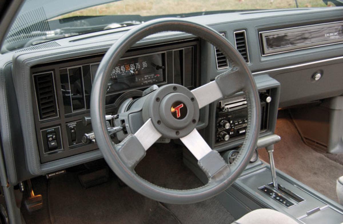 1987-Buick-Regal-10