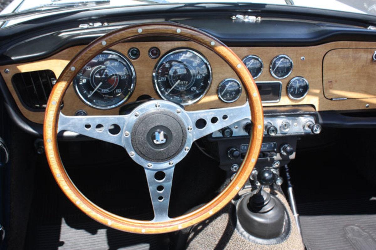 1964-Triumph-TR4-3