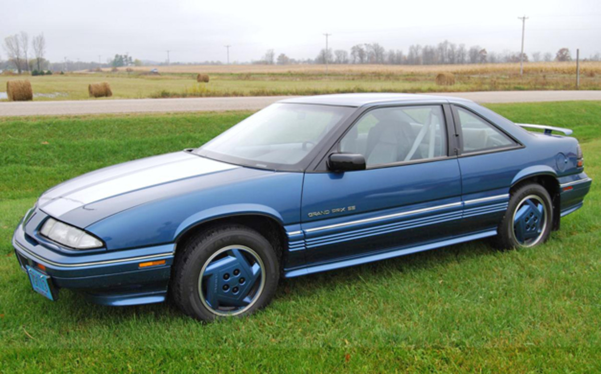 The General Motors Heritage Center (www.gmheritagecenter.com) says that only 659 examples of the 1990 Grand Prix SE with a five-speed manual transmission were sold.