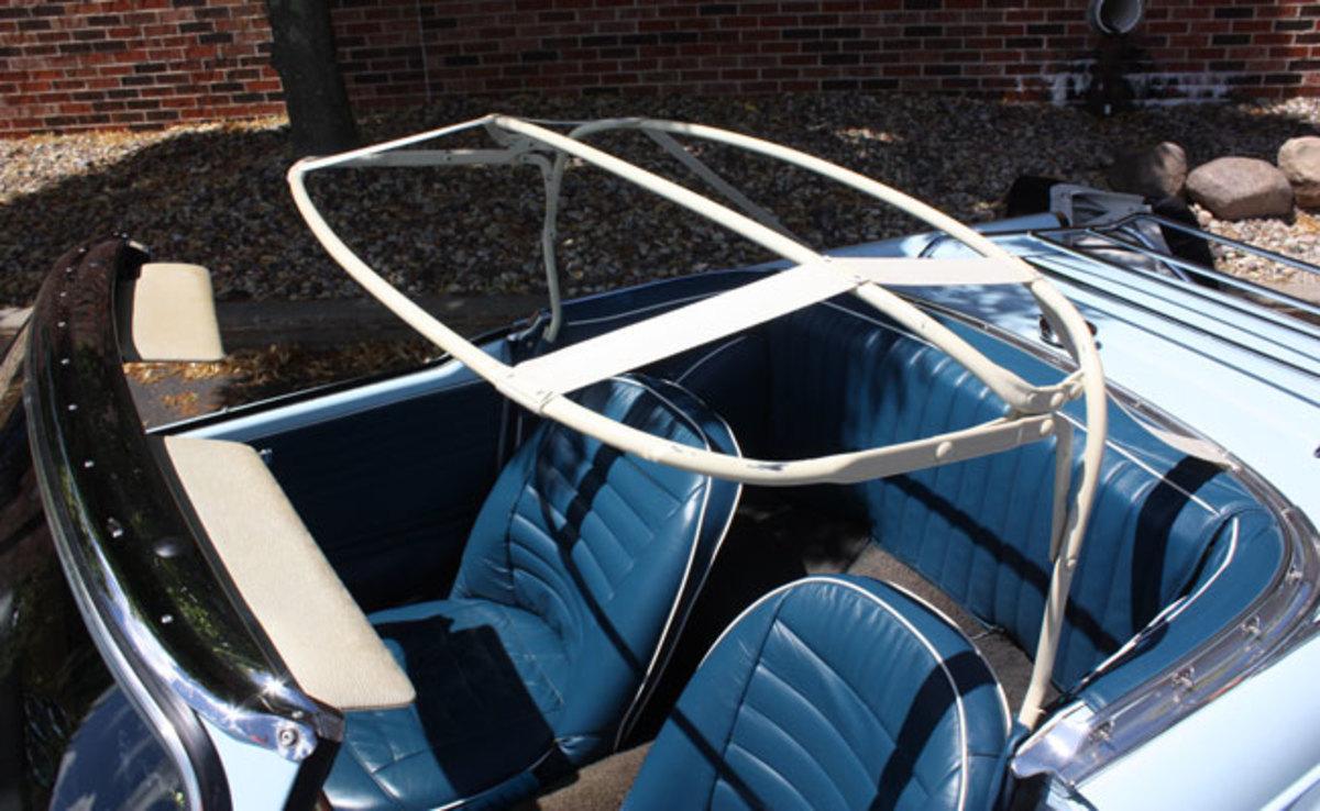 1962-Triumph-TR4-8