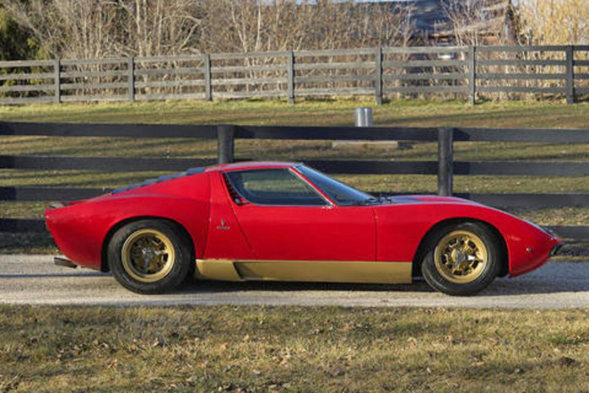 A 1972 Lamborghini Miura SV will be among the stars of the Bonhams' Scottsdale Auction Jan. 17.