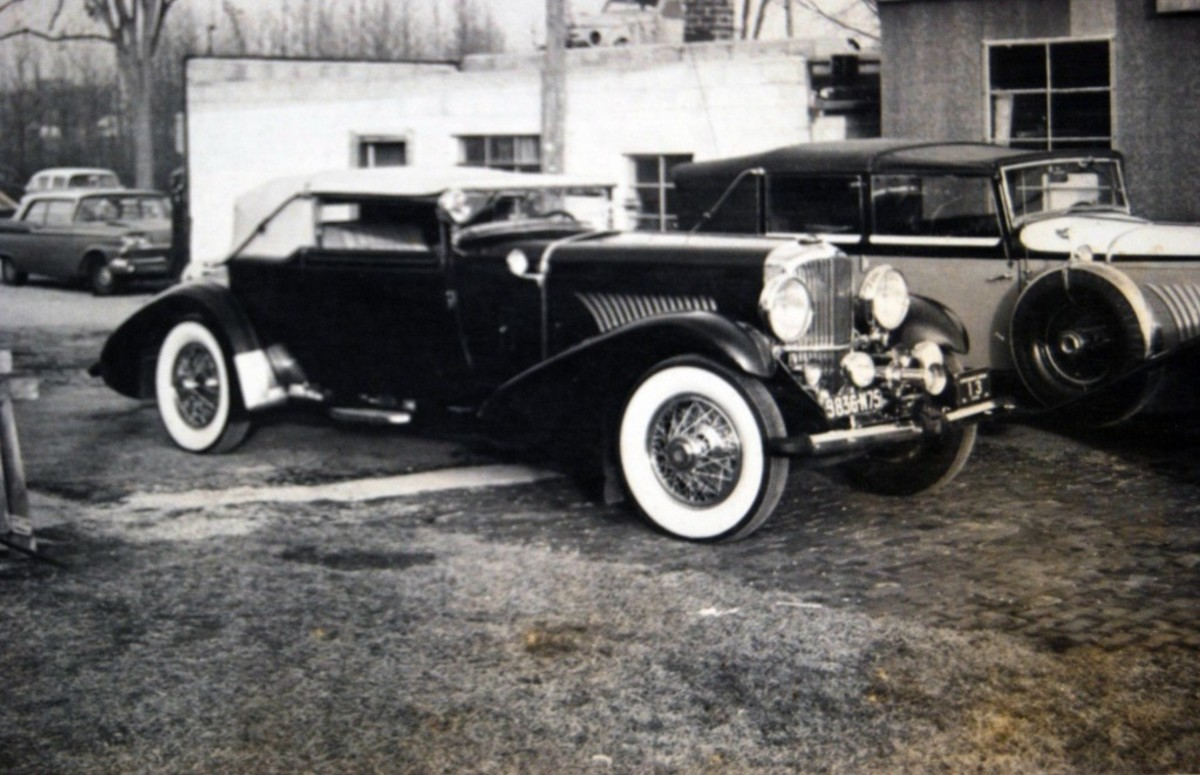 The Greta Garbo Duesenberg also passed through Kaufmann's shop.