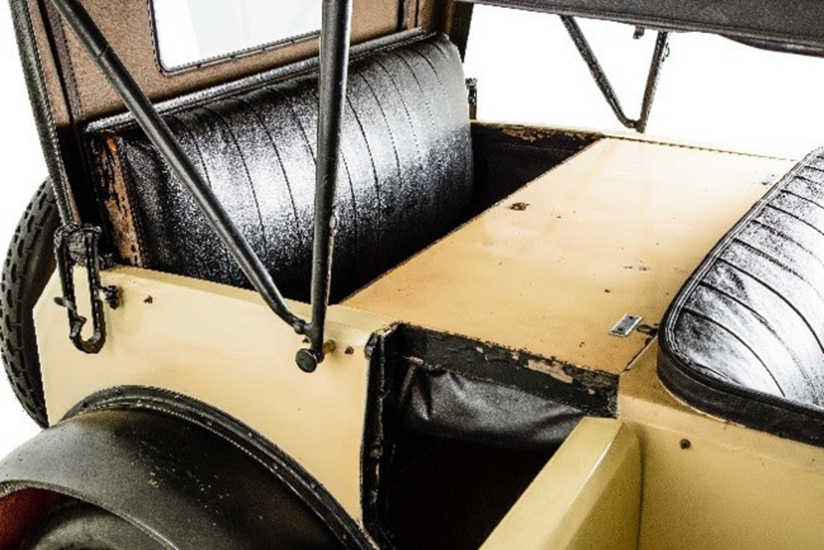 Photo Credit: Casey Maxon - Historic Vehicle Association