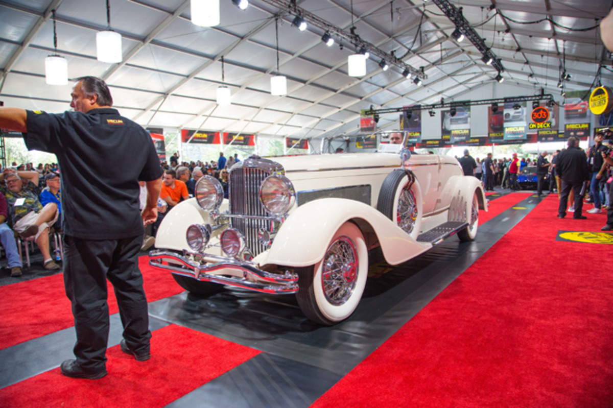 1933 Duesenberg Model J Convertible Coupe Disappearing Top Roadster - Image Mecum