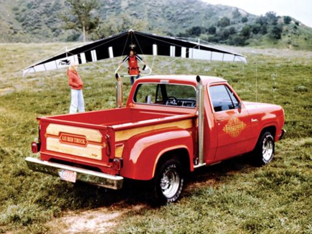 0712_02_z+1979_dodge_lil_red_express_truck+rear_three_quarter_view