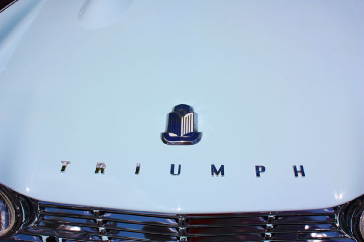 1962-Triumph-TR4-9