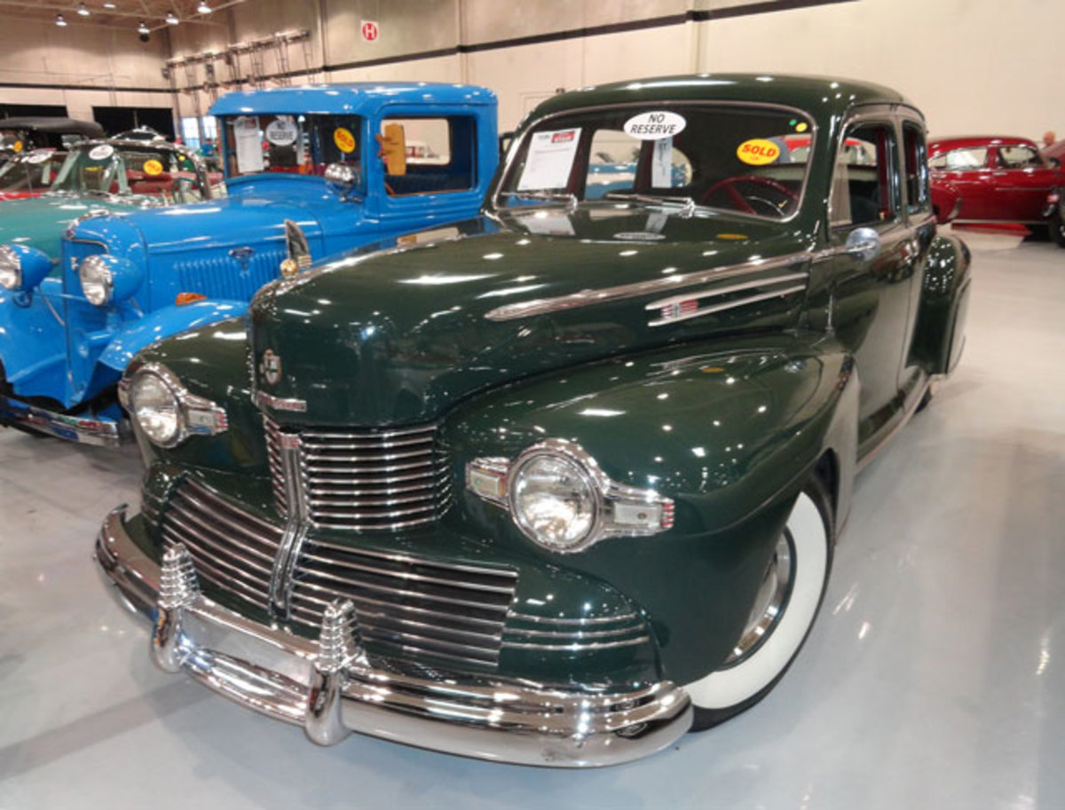 1942 Lincoln Zephyr was bid to and sold at $20,000.