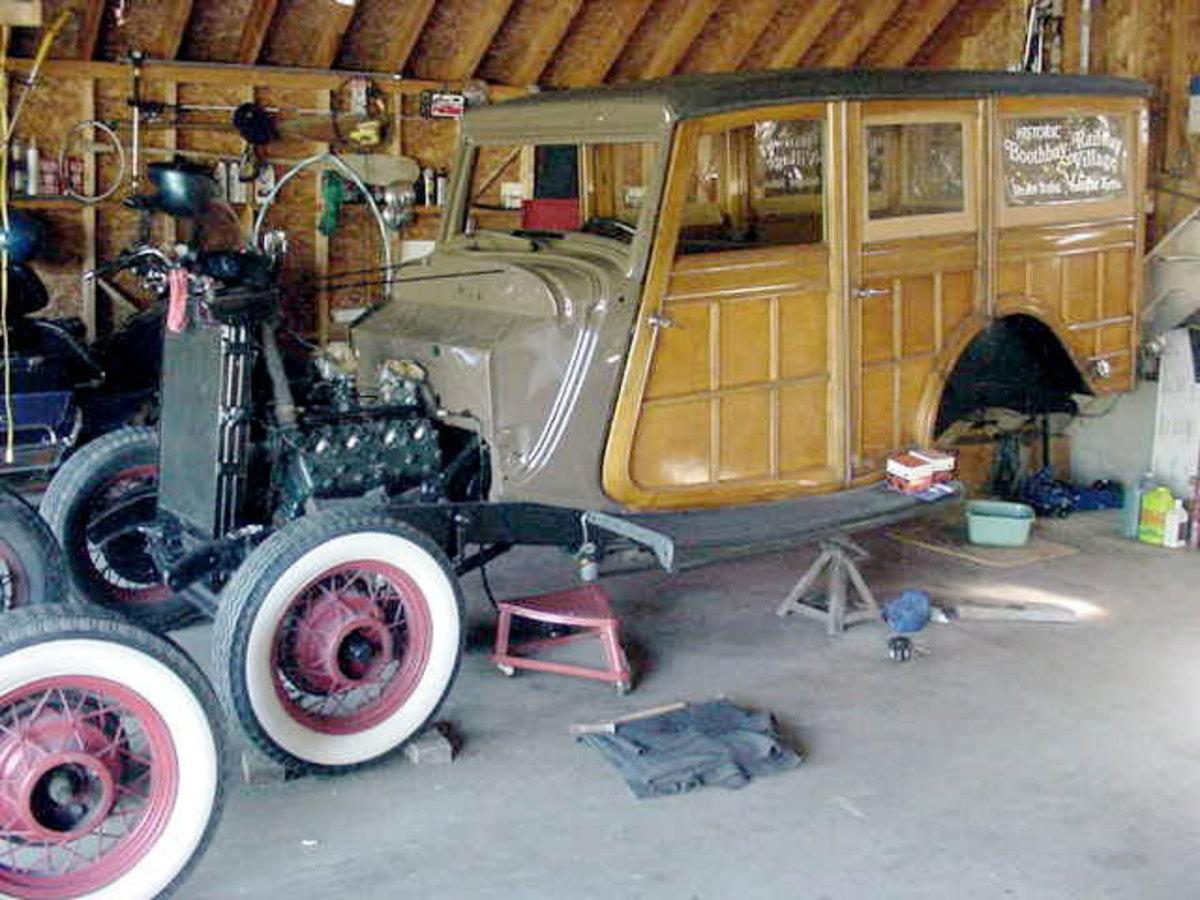 1933-Ford-Woodie-restoration