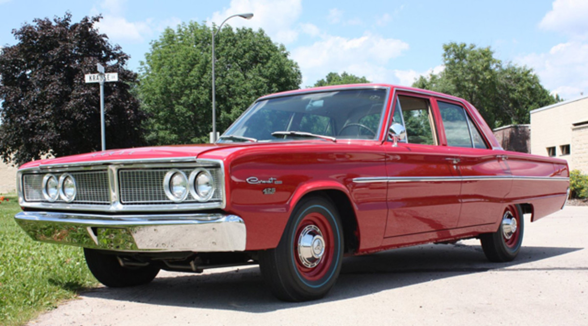 1966-Hemi-Coronet-Dodge-Rhode