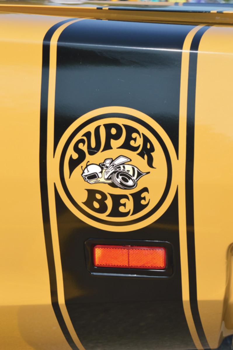 SuperBee rear quarter logo