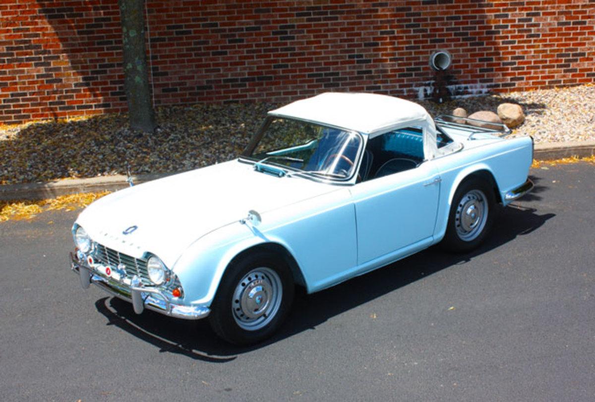 1962-Triumph-TR4-1