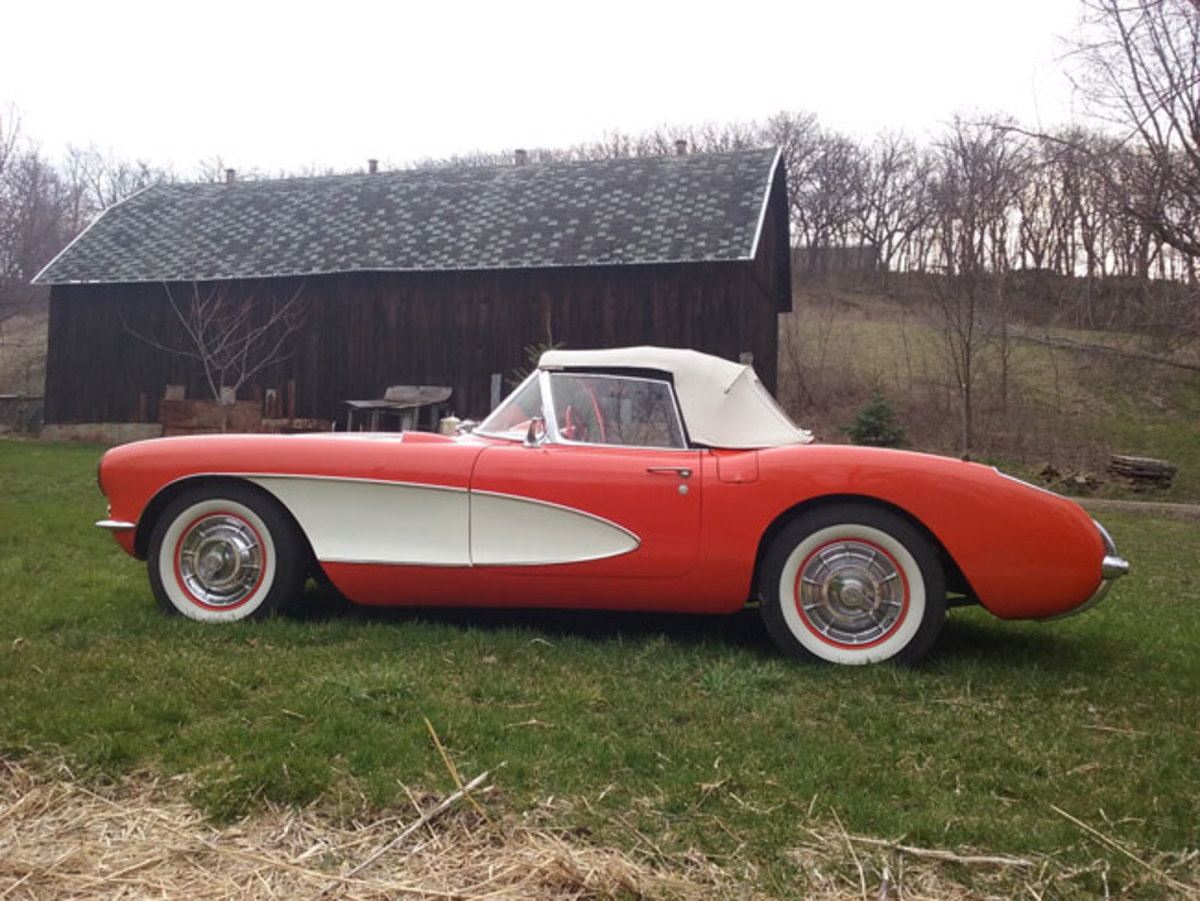 1956-Corvette-2