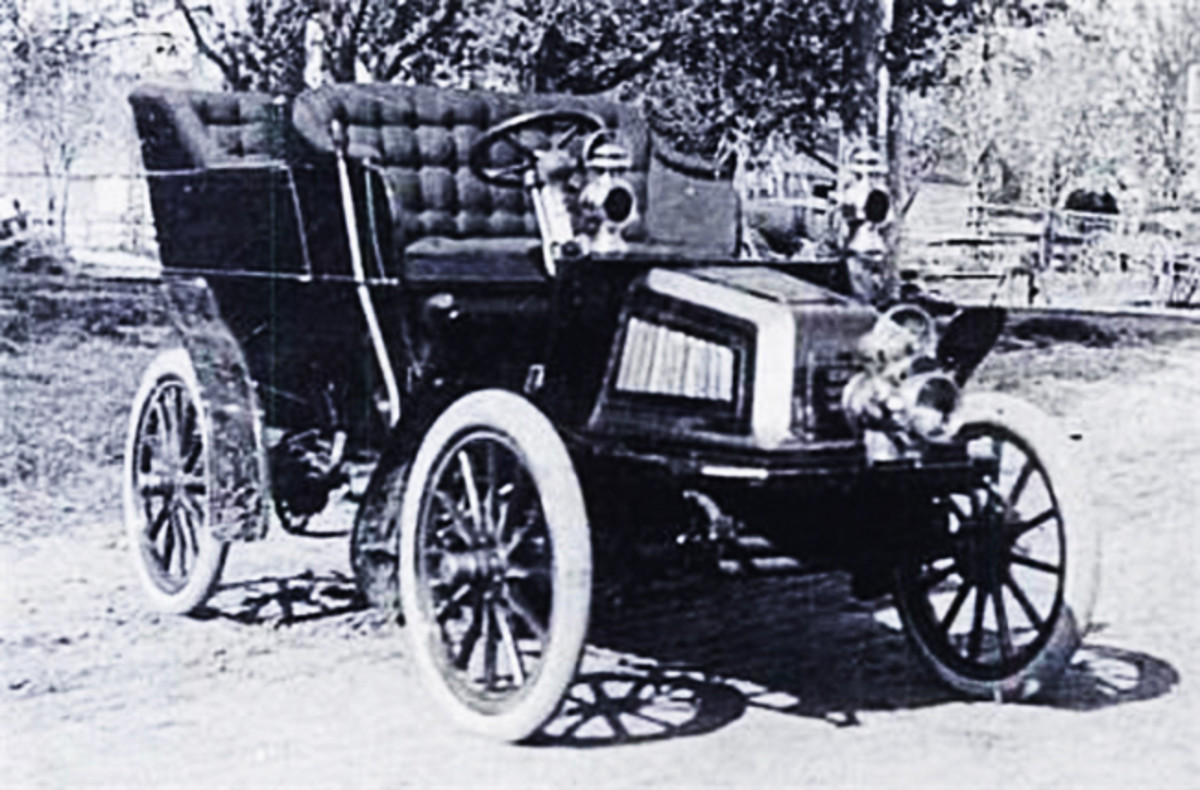 The first Luverne was built in 1903. Production started the following year.