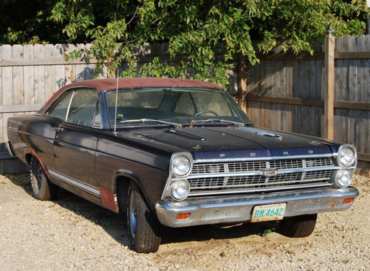 One of the cars the American Pickers had dragged home was this very cool looking Ford Fairlane coupe.