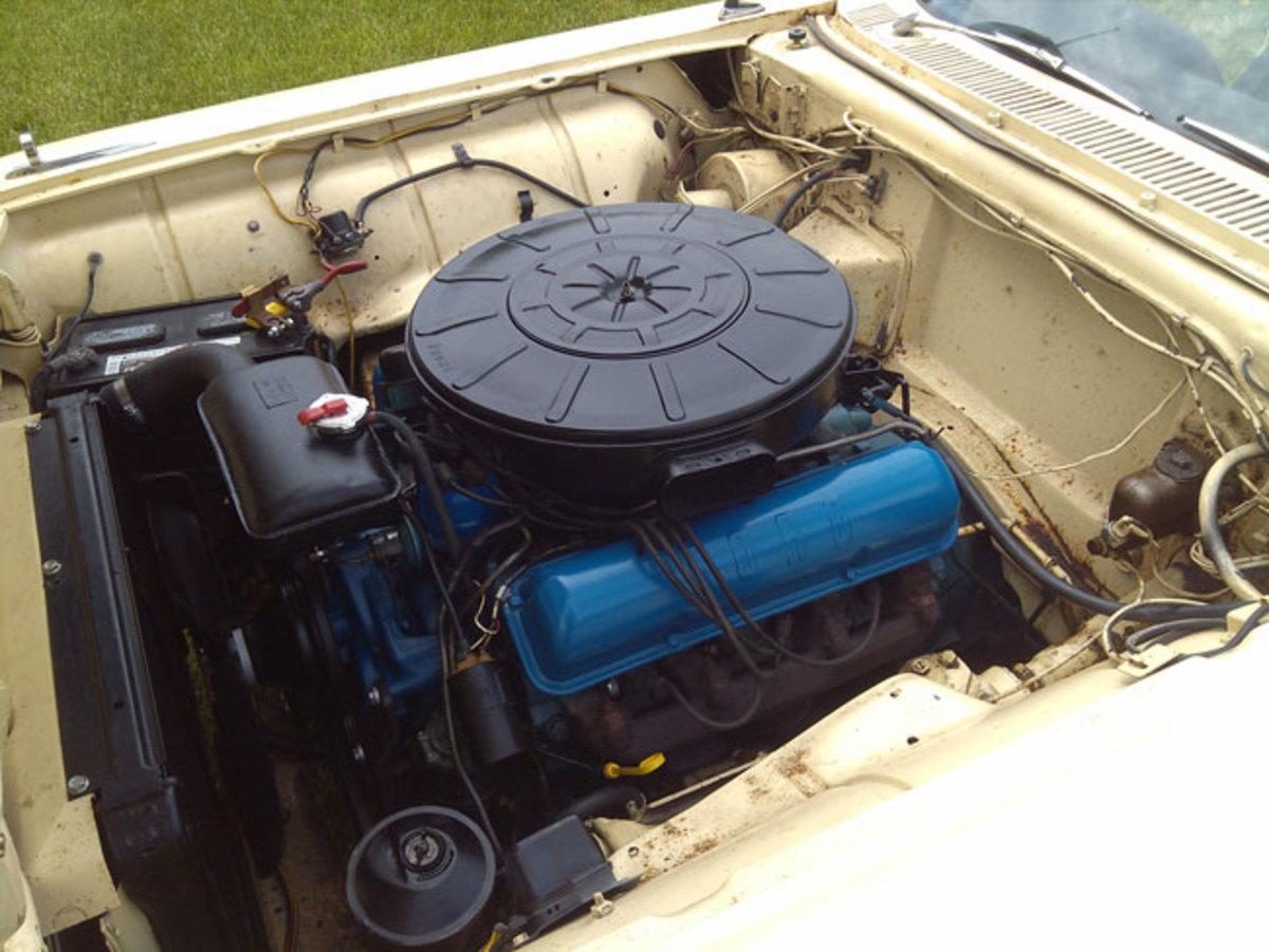 1963-T-Bird-engine