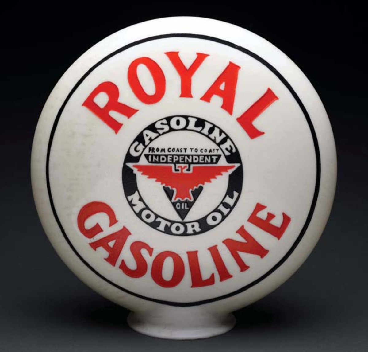 Royal Gasoline one-piece etched globe with 'Independent' logo. Estimate: $4,000-$6,000. Photo - Morphy Auctions