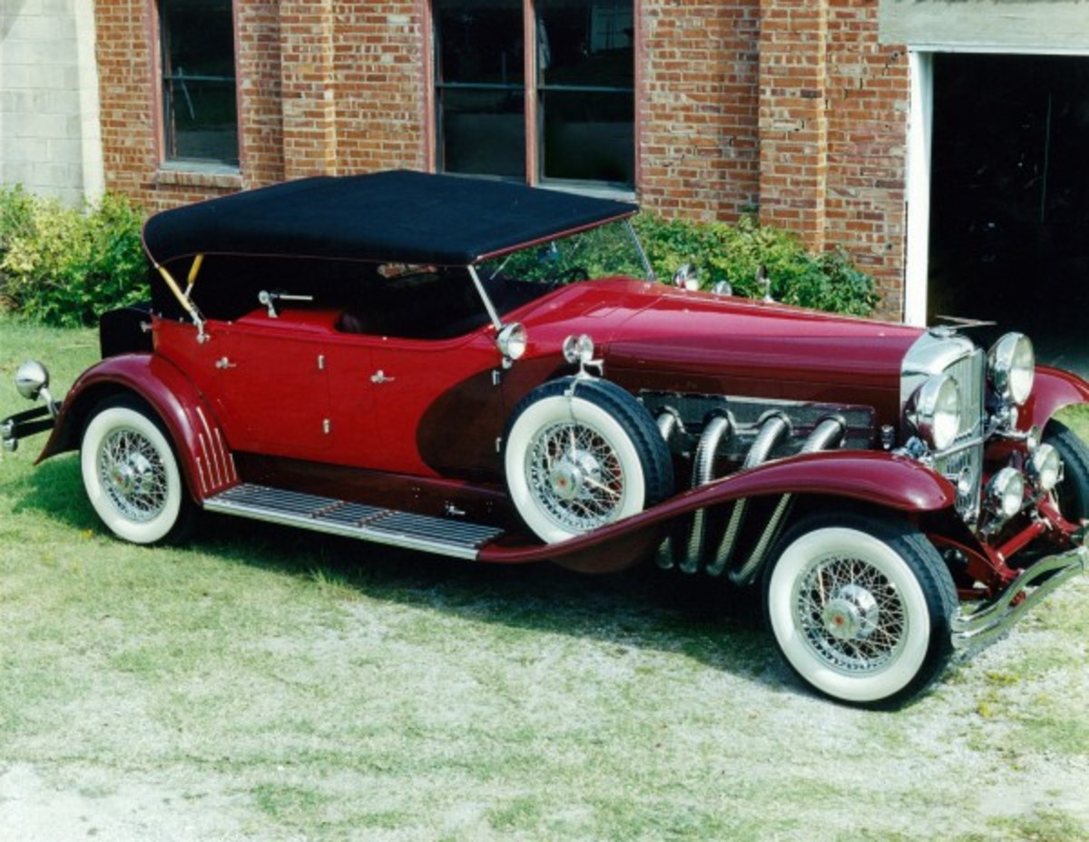 Glenn Pray's Duesenberg was built in the 1970s when he owned the Auburn Cord Duesenberg Company and features a sequential serial number that picks up after the last Indianapolis-built Duesenberg.