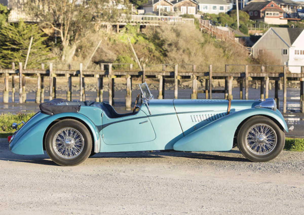 Bugatti side