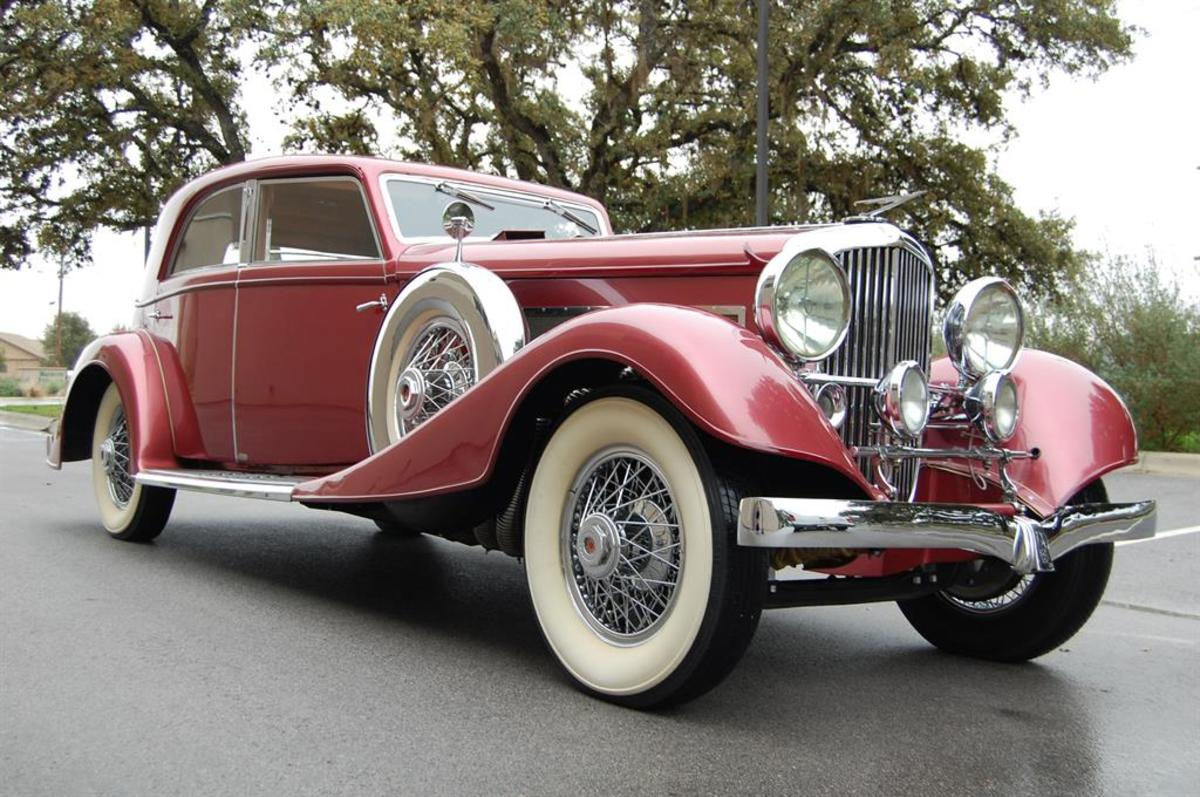 Lot 136: 1933 Duesenberg Model J