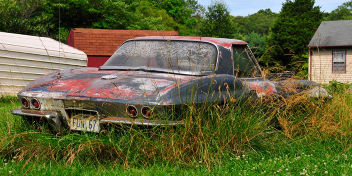 1967-Corvette-Roadster-Yard-Find001