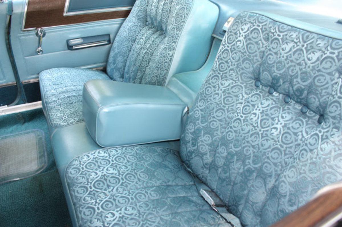 Marlin-backseat