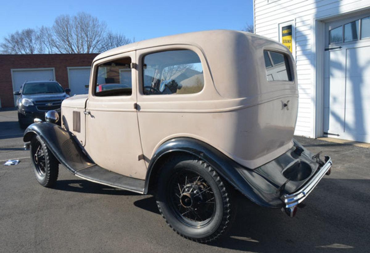1932-Ford-Model-Y-7