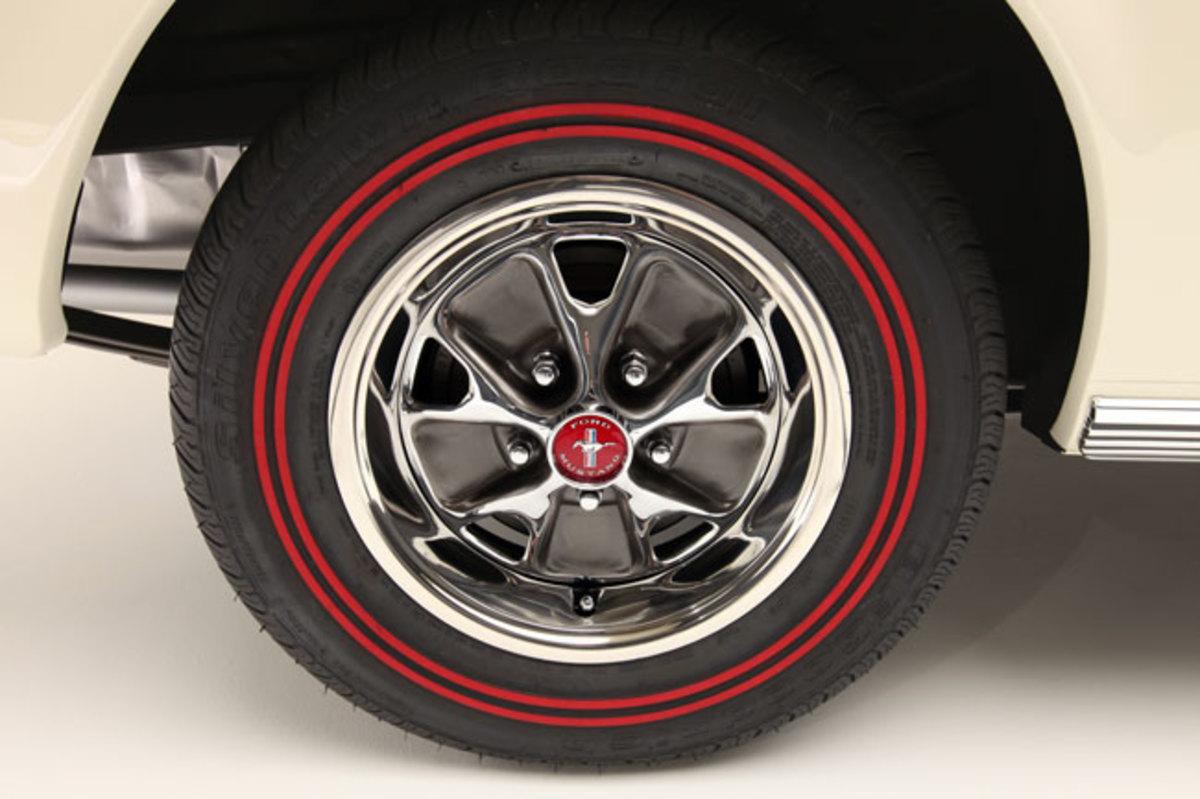 1966-Mustang-wheel
