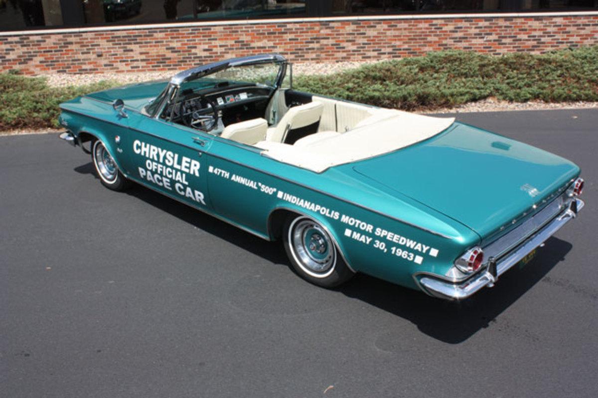 1963-Chrysler-300-Pace-Setter-4