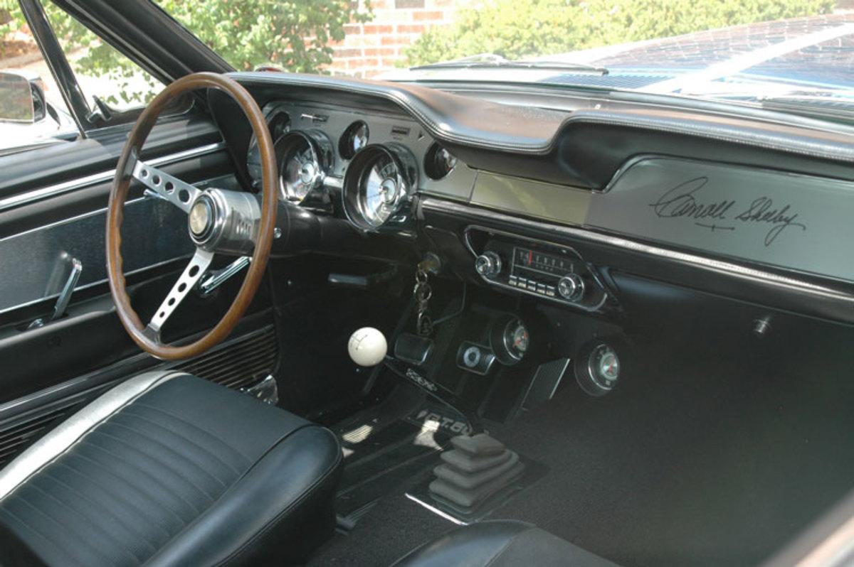 Shelby-Mustang-interior2
