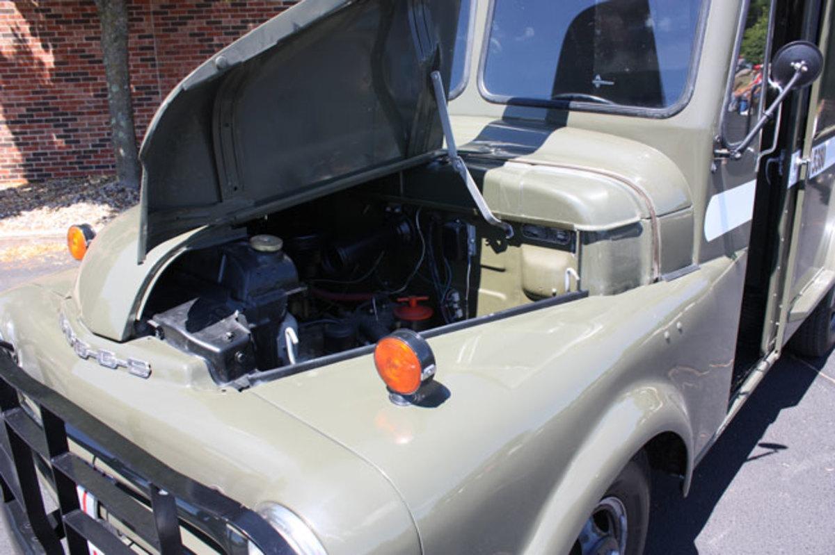1951-mail-truck-6