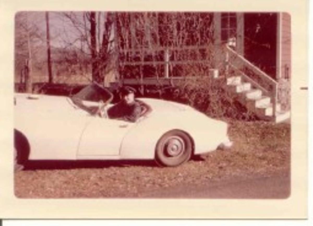 Red & White Darrin, Bob Benz 1963.jpg
