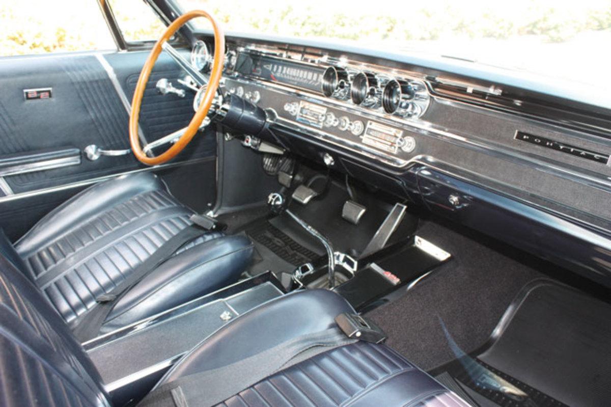 1965-2+2-interior2