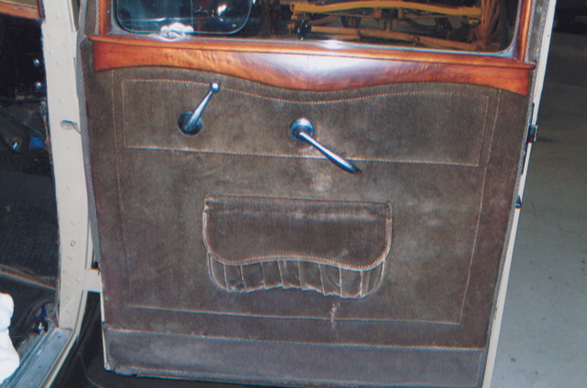 80 years and just 60,000 miles have been kind to this Buick. Aside from a repaint in 1932 Buick colors, the car remains a fine unrestored original; the original mohair interior and even the silk shade for the rear window remain intact.