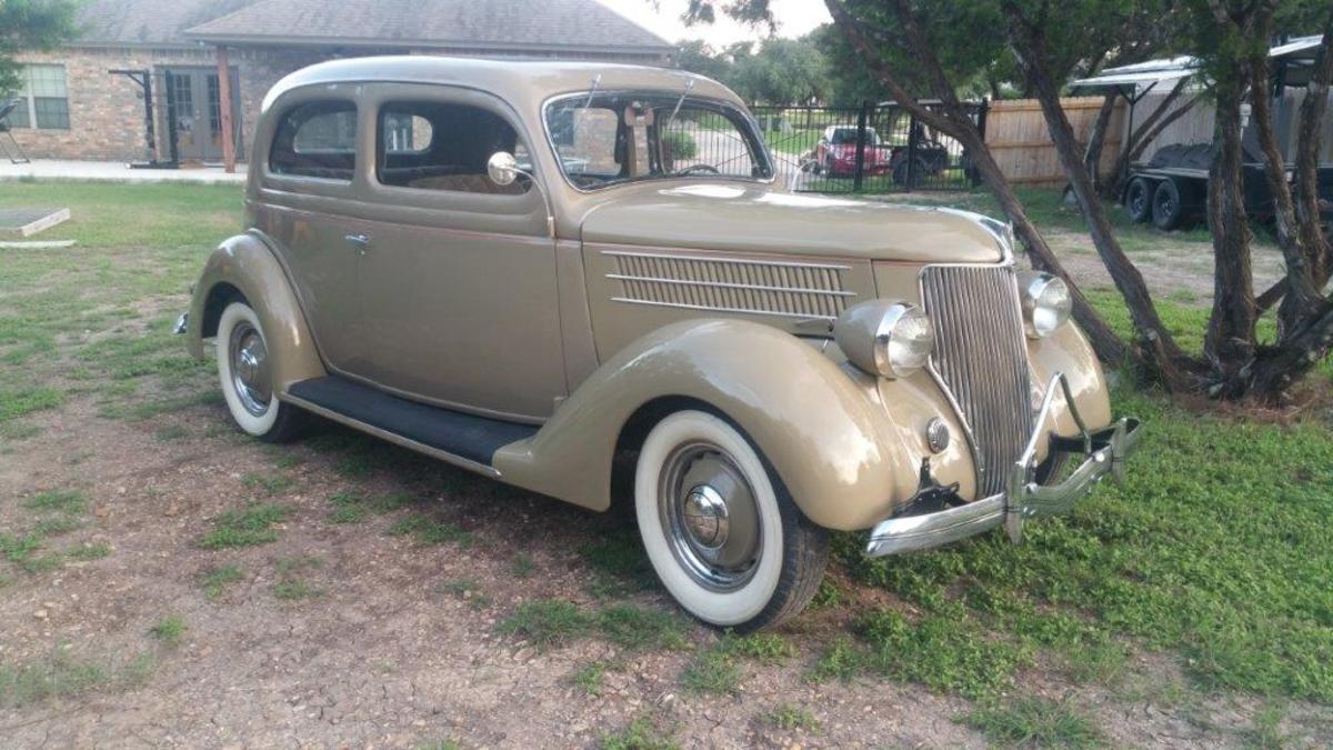 1936 Ford tudor sedan