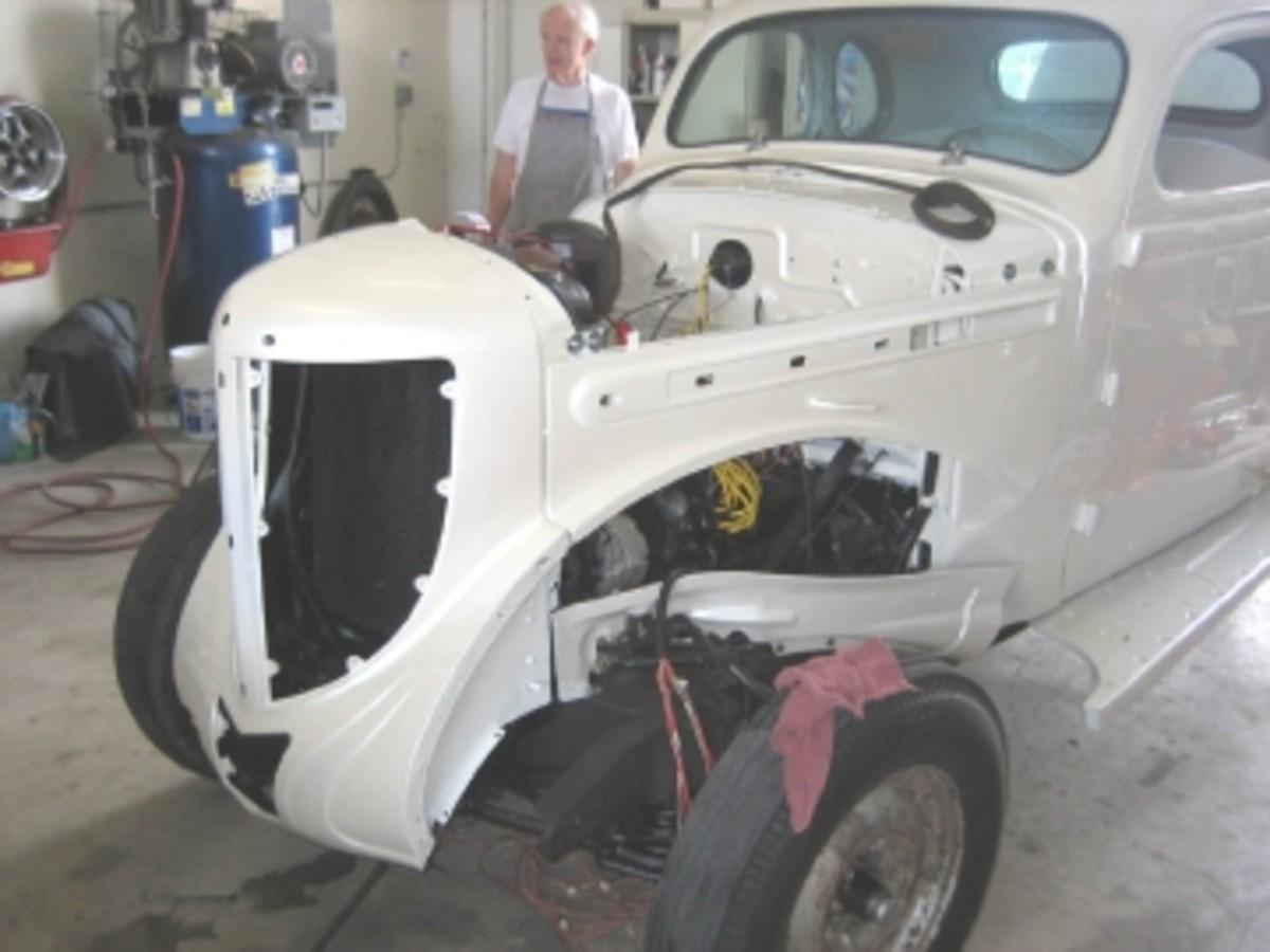 1938 Chrys 6-38 front end rebuilding-Eddie.jpg