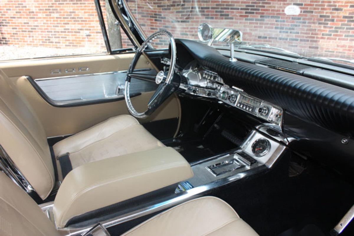 1961-Chrysler-300-4