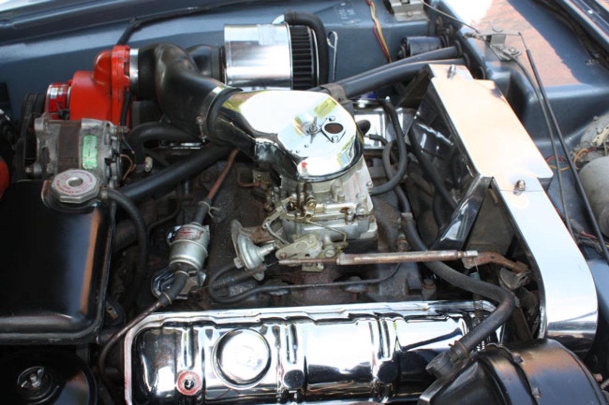 1963-Avanti-engine