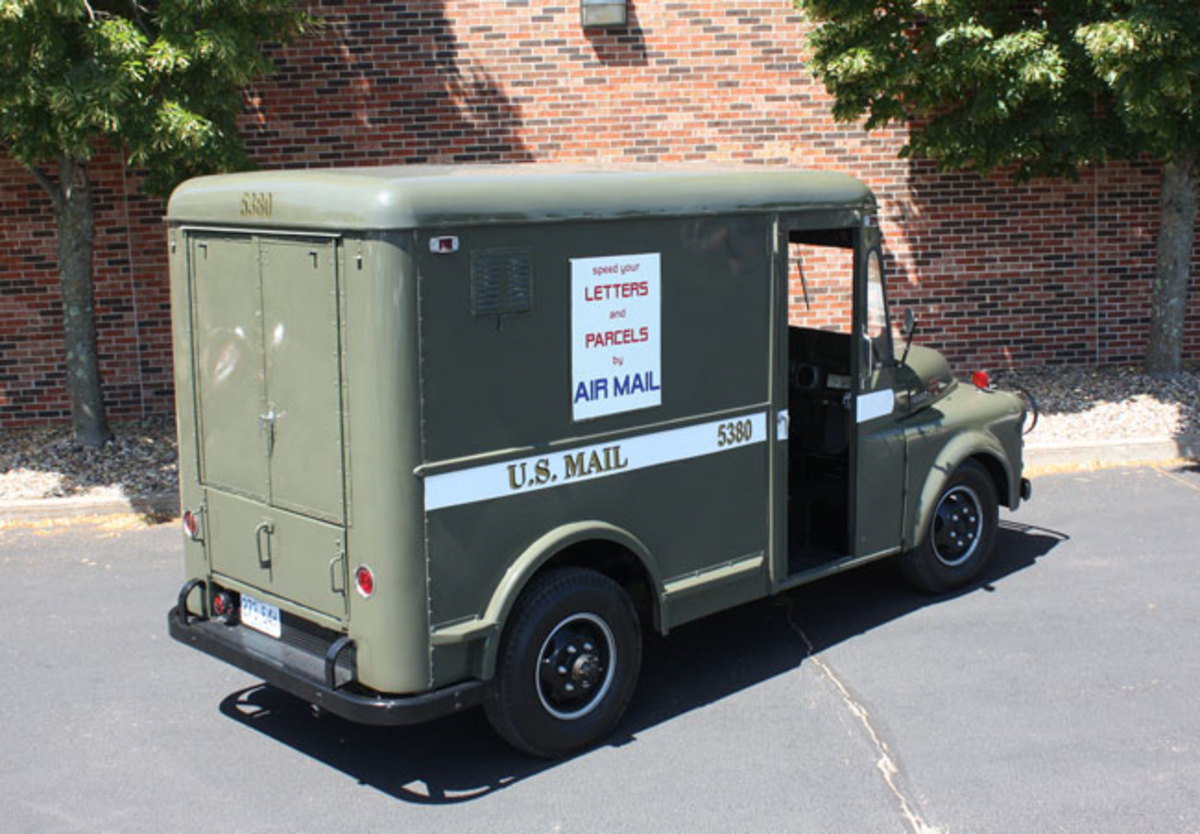 1951-mail-truck-13
