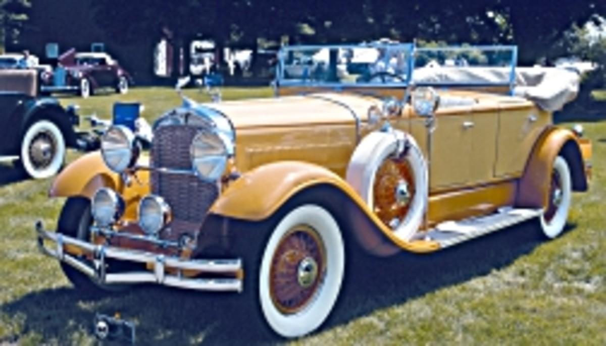 1929 Hudson dual-cowl phaeton.jpg