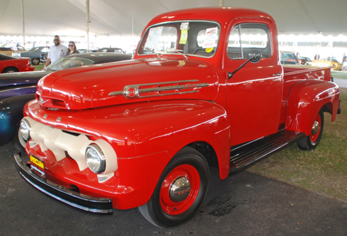 The craft of pickup truck restoration was been taken to an art form by several consignors, and one seller was rewarded with a bid of $40,000 for his 1952 Ford F1 1/2-tonner at Mecum Kissimmee.