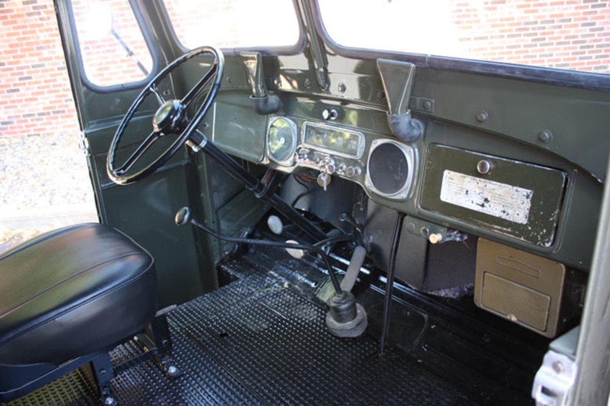 1951-mail-truck-8
