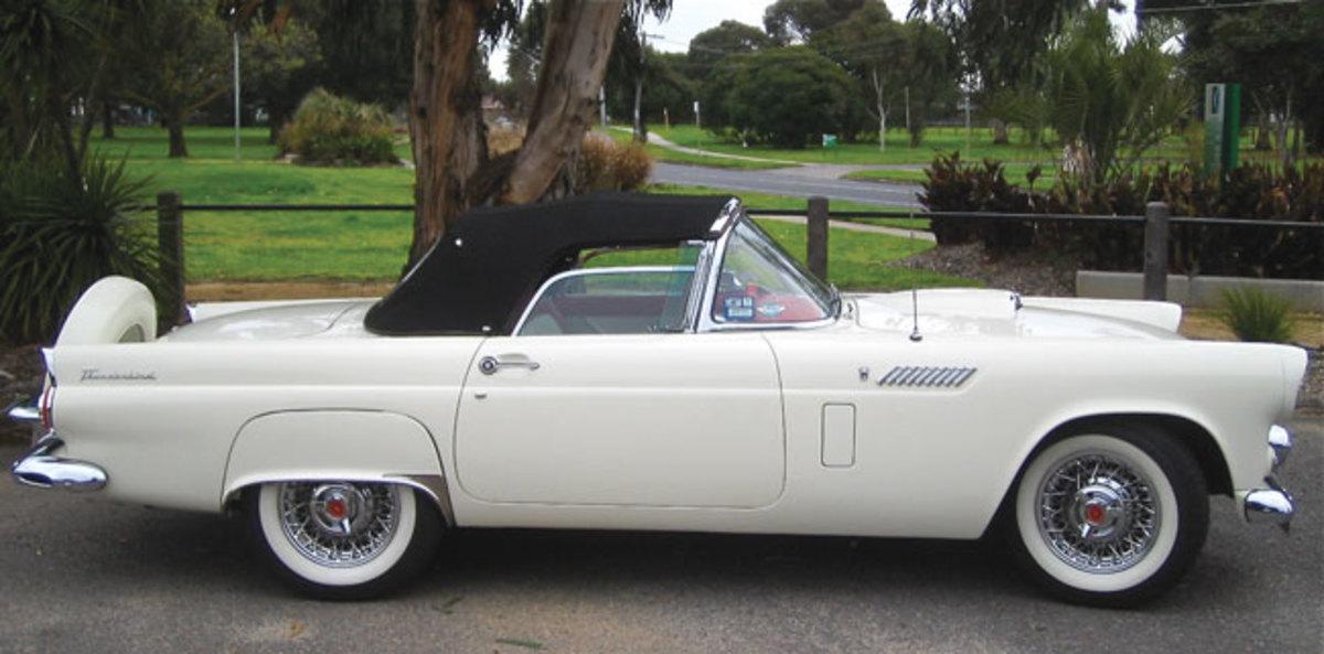 1956-Thunderbird-9