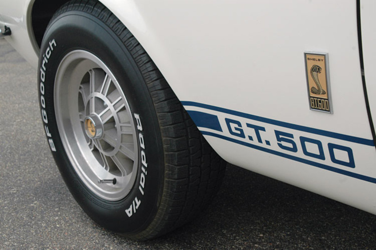 Shelby-Mustang-wheel