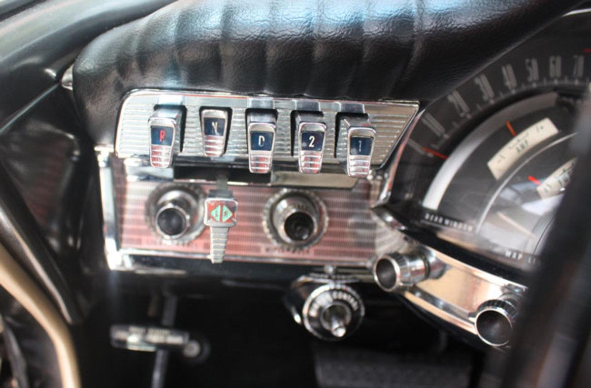 1961-Chrysler-300-2